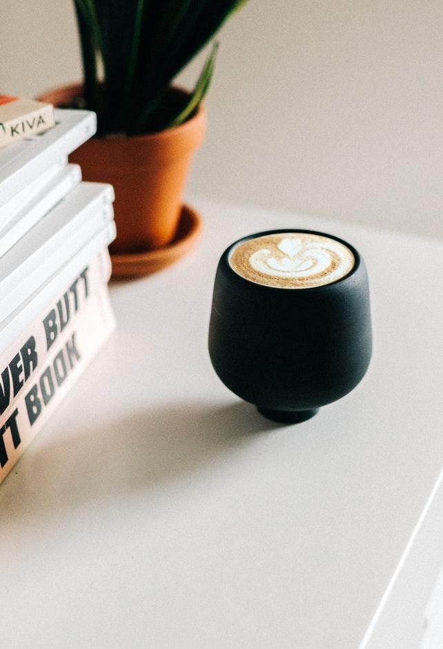entre letras y cafe, Romantica 102.1 fm, Si